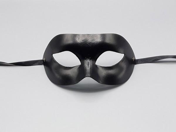 Máscara negra de fiesta