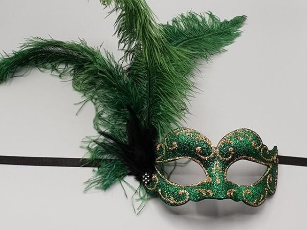 Máscaras de medio rostro con plumas verdes