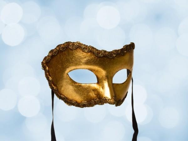 Máscara dorada de fiesta