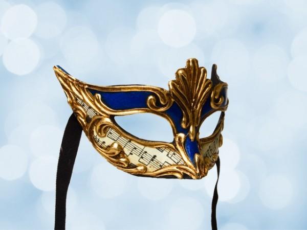 Máscara mascarada en azul