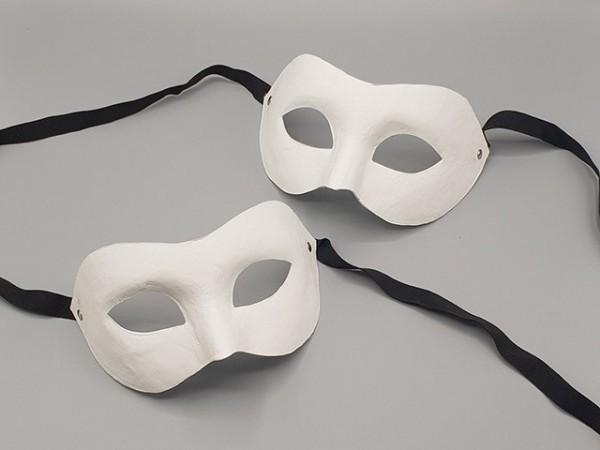Máscara veneciana blanca de papel maché de medio rostro (modelo básico, 2 piezas)