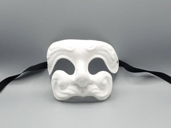 Máscara II Dottore en papel maché blanco